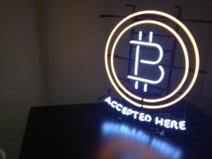Overstock Starts Taking Bitcoin