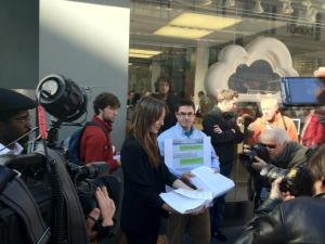 'Ethical iPhone' Protests at Apple Stores