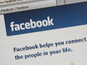 Facebook Acqui-Hires Startup Mobile Technologies
