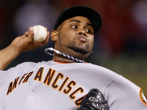 Reliever Ramon Ramirez Back With Giants