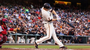Cain Homers, Ends Victory Drought as Giants Top Reds