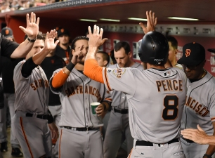 Cueto, Pence Pave Way for Giants in Win Over D'Backs