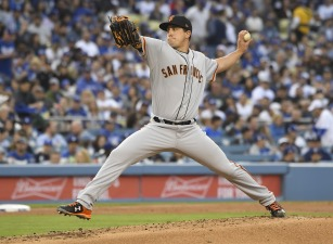 Giants Bats Kept Quiet in First Loss of Season to Dodgers