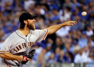Royals Finally Score Off Bumgarner, Giants Are Shut Out
