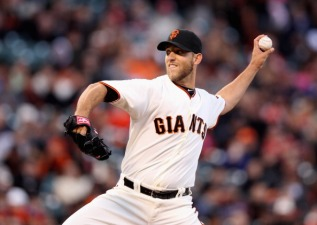 Bumgarner Helps Giants Even Series With Phillies