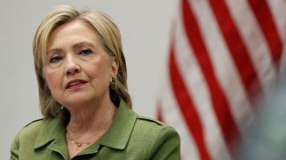Hillary Clinton Scheduled to Host Luncheon in Silicon Valley