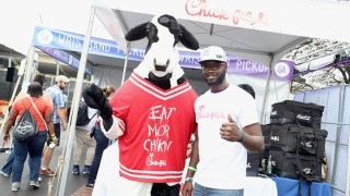 'Beefnapping': Chick-Fil-A Cow Mascot Costumes Stolen From Northern California Restaurant