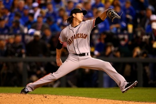 Tim Lincecum's Back Fine, Expected to Be Ready For Game 3