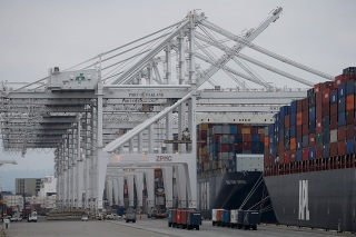 Port of Oakland's Second-Largest Terminal Operator Files for Bankruptcy