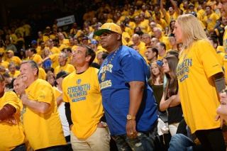 Rapper E-40 Promises Warriors Unlimited Wine If They Win NBA Finals