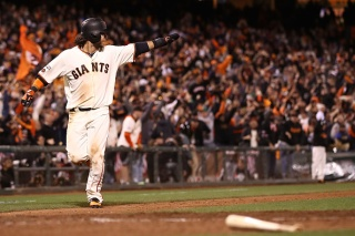 Crawford Helps Giants Beat A's With Bat, Glove