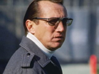 Court Rules Against Late Oakland Raiders Owner Al Davis, Wife in Tax Fight