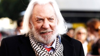 "Donald Sutherland: Jennifer Lawrence Is ""Brilliant!"" In ""The Hunger Games"""