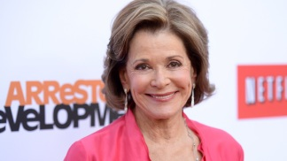 "Jessica Walter Returns to ""Arrested Development"""