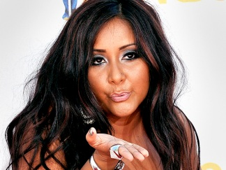 "Snooki on STD Rumors: ""Herpes Are Gross"""