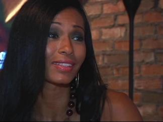 "Pilar Sanders Dishes on ""Football Wives"""