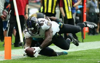 Ravens' Tight End Watson Will Test Raiders Defense