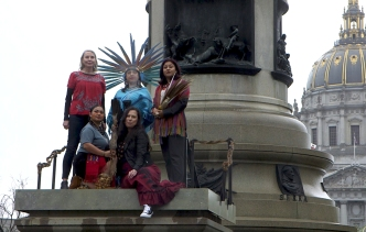 Controversial Statue Replaced With Living American Indians