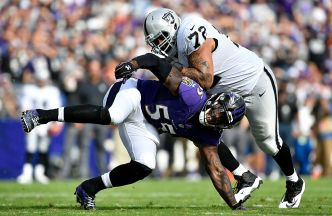 Raiders' Penn Will End Holdout: Reports