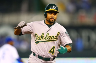 A's Agree to Trade Coco Crisp to Indians