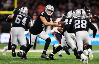 Carr Is Playing at a Higher Level in Year 2 Under Gruden