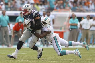 Former Dolphin Jenkins Eager for New Start With Raiders