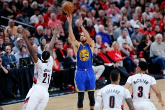 Warriors Come Back to Down Blazers, Take 3-0 Series Lead