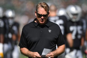 Del Rio Played it Safe in Raiders' Third Straight Loss