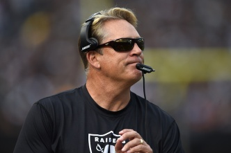 """Raiders' McKenzie Excited by """"Chemistry"""" With Del Rio"""