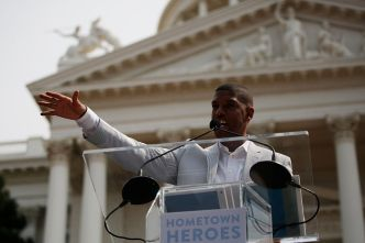 Sacramento Mayor Says He Can 'Take' Wrestling Champ