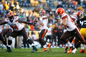Niners Want to Contain Manziel's Freelance Talents