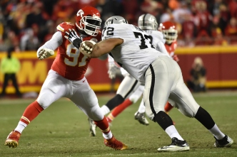 By Keeping Penn, Raiders Now Have One of NFL's Best Offensive Lines