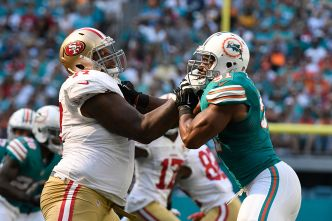 Niners' Trent Brown Developing Into Fine Pass Blocker