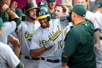 Semien Homers Off Lincecum to Lift A's Over Angels