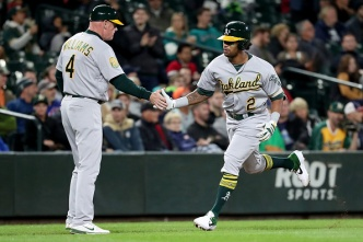 A's Keep Up the Momentum With Rout Over Mariners