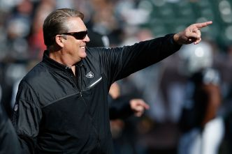 Raiders' Playoff Drought Can End With Victory Sunday