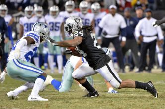 Even at 31, Raiders' Lynch is Among NFL's Toughest Runners