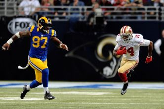 Niners Coaches Getting Fresh Look at Jerome Simpson