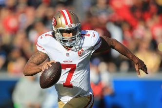 Niners' Kaepernick Meets With Shanahan and Lynch