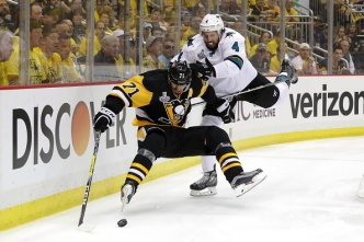 Stanley Cup Final: Late Tally Lifts Penguins Over Sharks 3-2 in Game 1