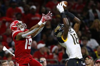 Niners Eager to See What Moore Can Do at Cornerback