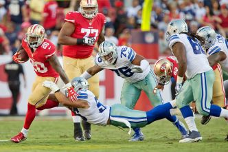Niners' Brown Welcoming the Competition at Right Tackle