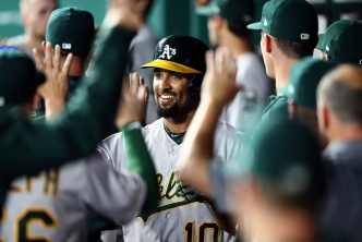 A's Explode With 19 Runs in Rout of Royals