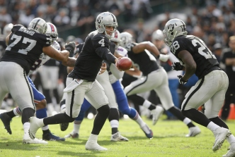 NFL Coaches, Execs Believe Carr Will Make Big Leap