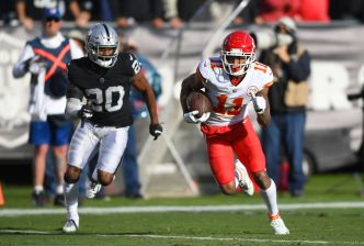 Raiders' Worley Believes His Best Is Yet to Come