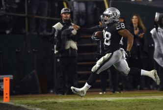 Raiders Say Goodbye to Oakland (Maybe?) With a Victory