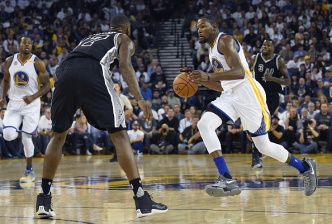 Durant's Debut Spoiled as Warriors Fall to Spurs in Opener