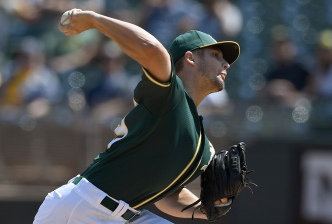 Mariners Rough Up Graveman, Rout A's 14-3