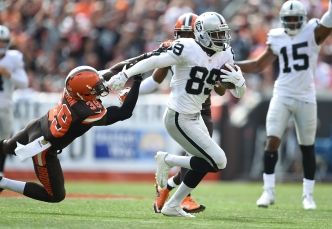 Young Playmakers Carry Raiders Past Browns