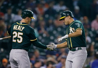 Lowrie's Grand Slam Powers A's Past Tigers